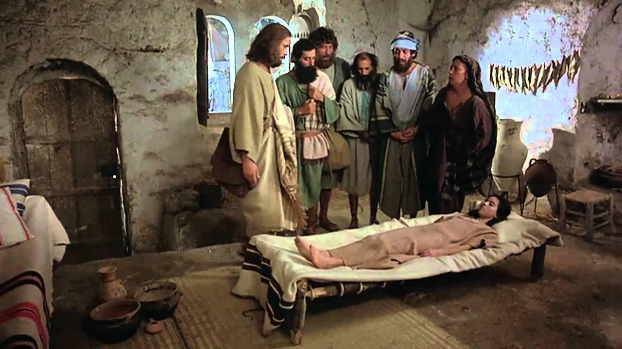Resultado de imagem para Menina vê Jesus em seu quarto e é curada da leucemia