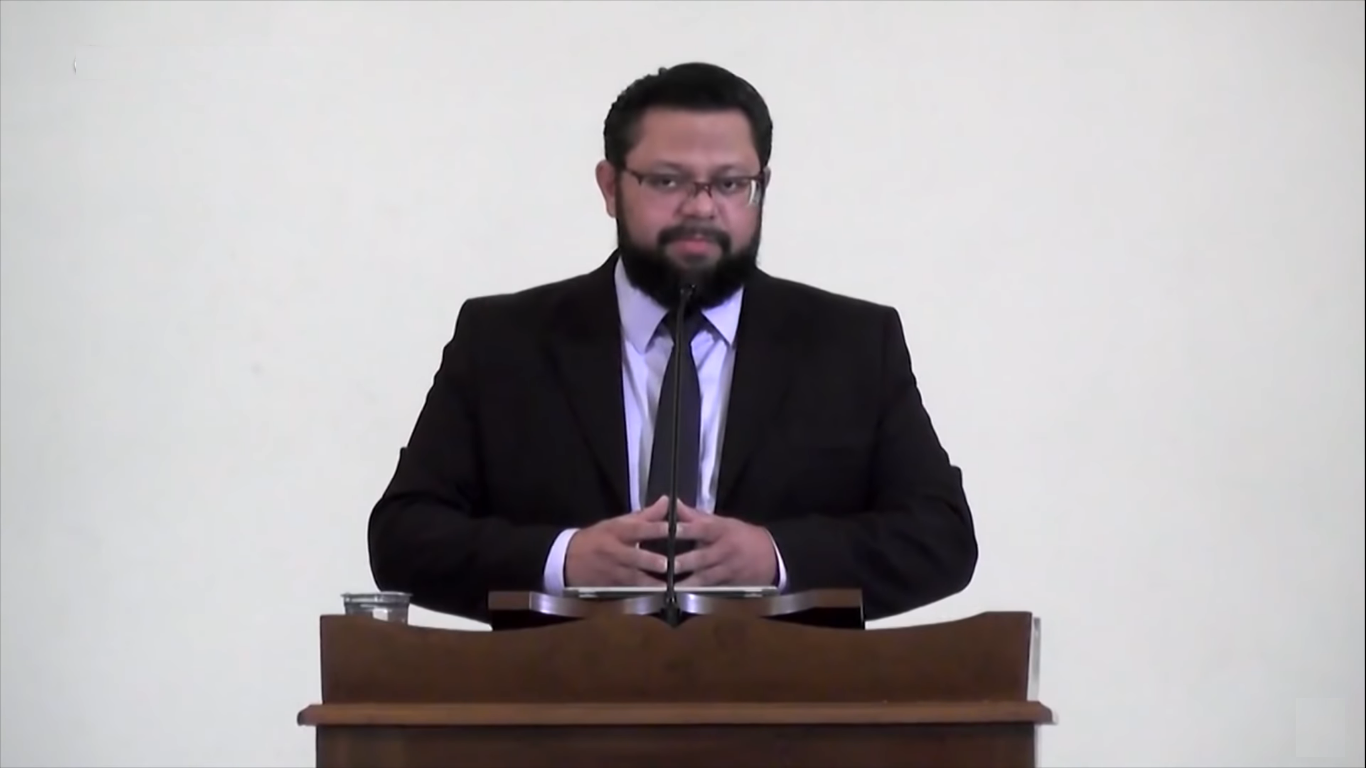 """""""Se você ainda não colocou sua esperança em Cristo, você não é um convertido"""", diz pastor"""