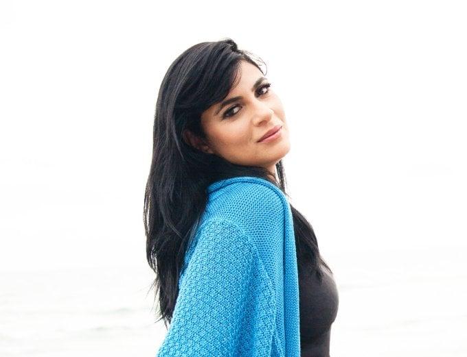 Fernanda Brum apresenta o EP