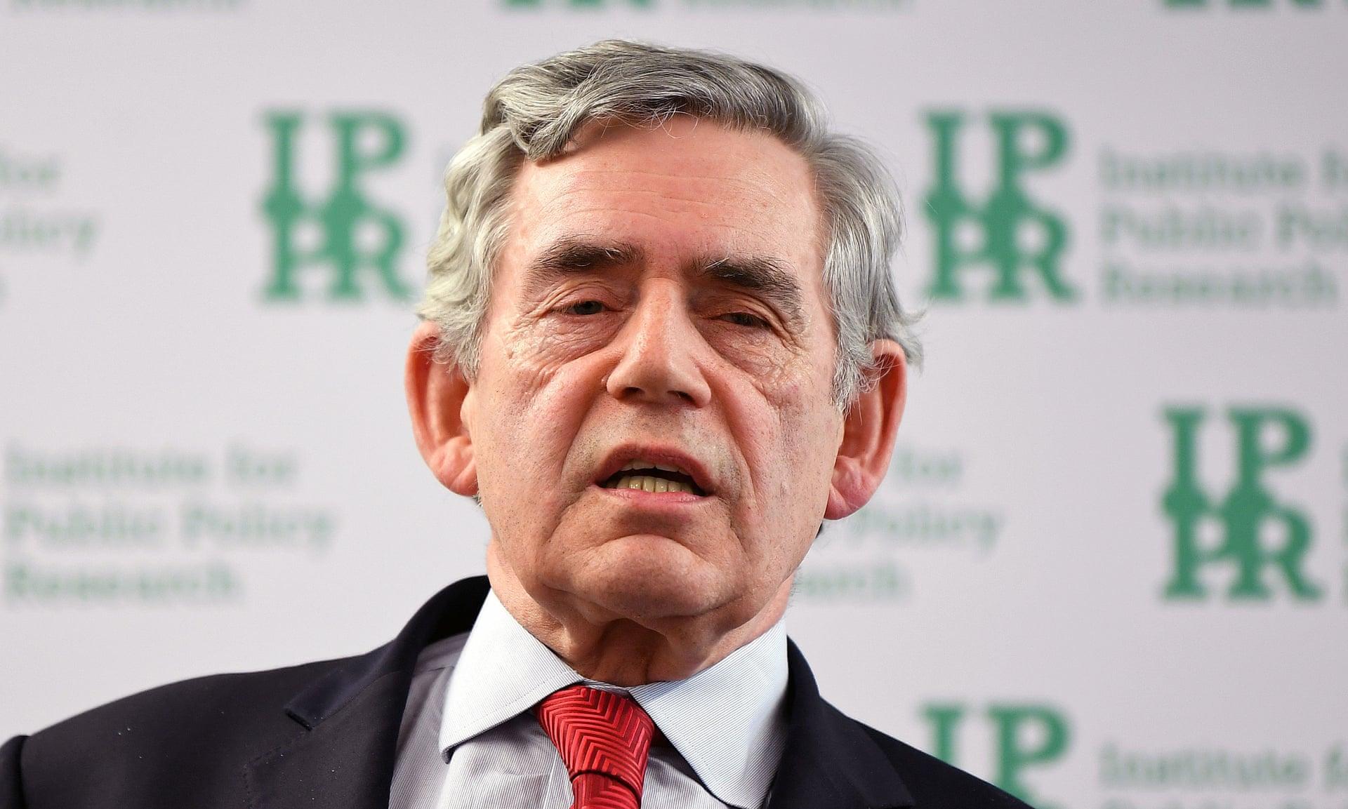 """Ex-primeiro-ministro britânico quer formar """"governo mundial"""" para combater coronavírus"""