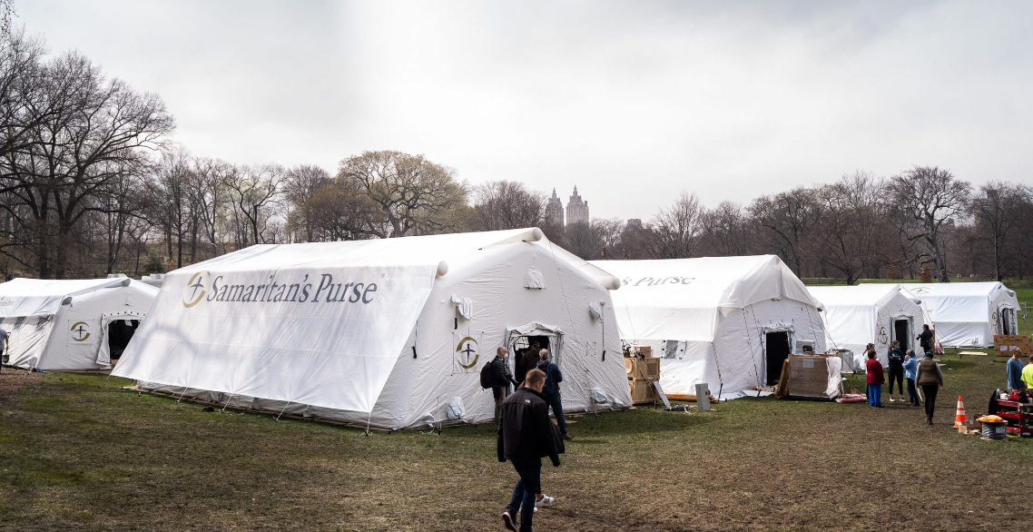Instituição cristã monta hospital no Central Park para atender pacientes com coronavírus