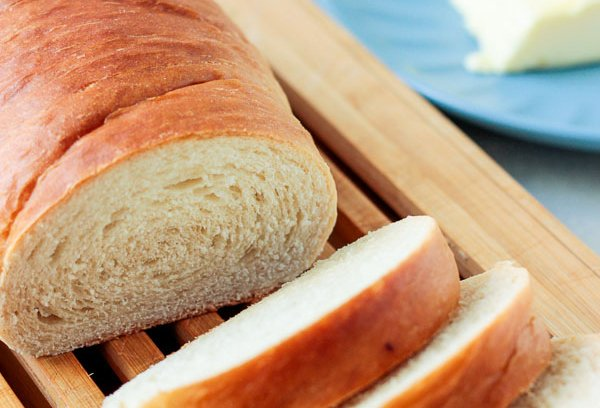 Pão caseiro fácil