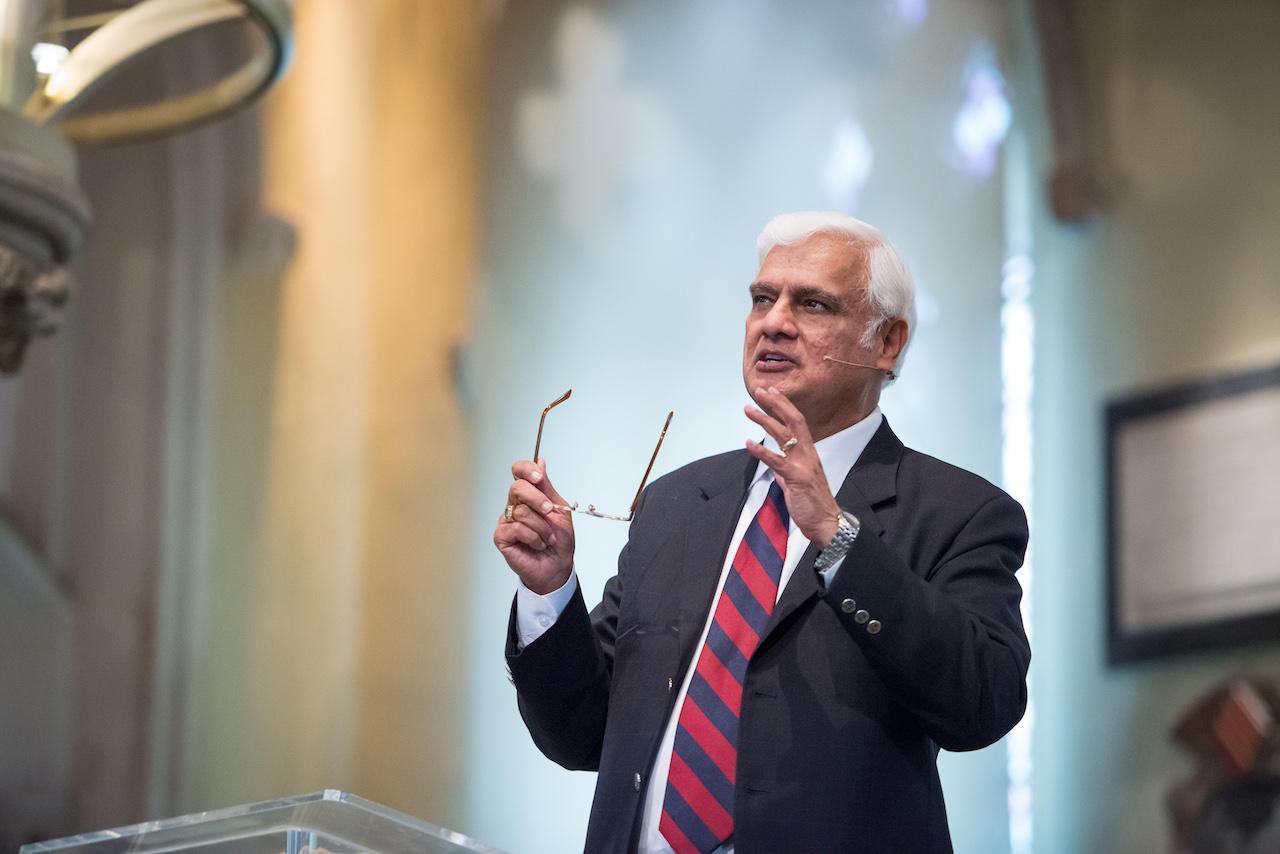 Evangelista Ravi Zacharias morre de câncer aos 74 anos