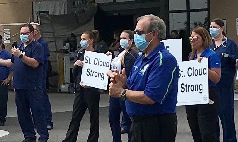 Prefeito de cidade dos EUA diz que a oração é essencial no combate à pandemia