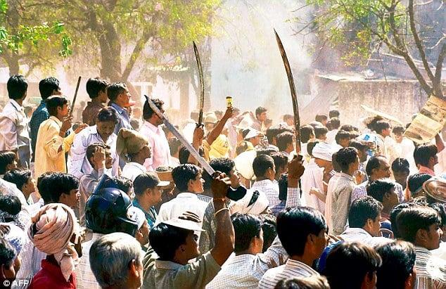 Gangues tribais ameaçam famílias cristãs que se recusam a deixar de seguir Jesus, na Índia