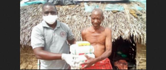 Mais de 200 pessoas se entregam a Jesus durante pandemia em vila na África