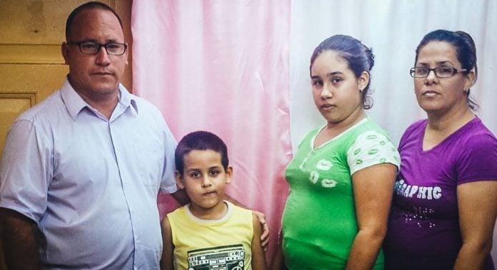 Pastor cubano é solto após mais de 1 ano preso por não enviar filho a escola comunista