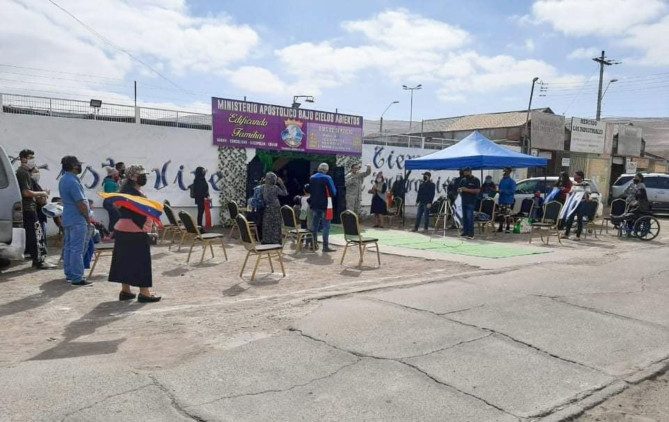 Pastor é preso enquanto fazia culto ao ar livre no Chile