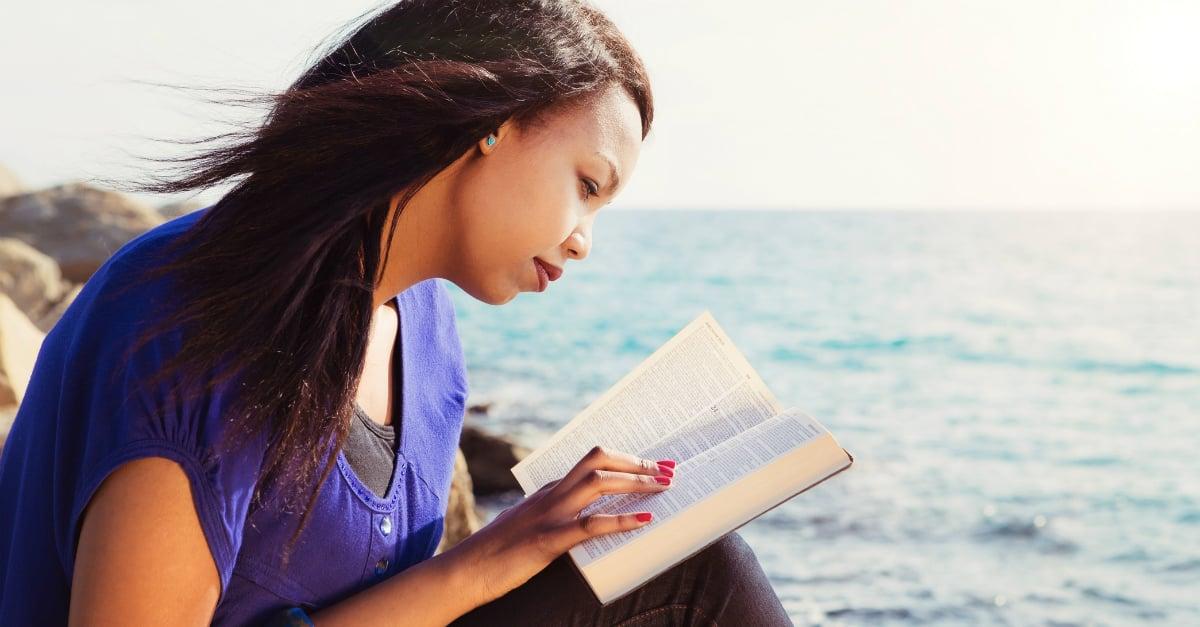 57% dos evangélicos dos EUA consideram difícil compreender a Bíblia por conta própria