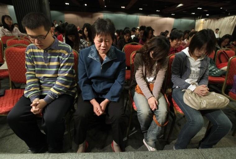 China fecha igrejas em todo o país e ordena que cristãos deixem de acreditar em Deus