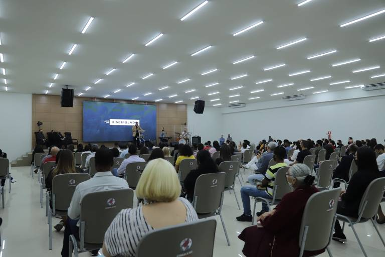 Como está sendo a reabertura de igrejas em todo o Brasil; confira