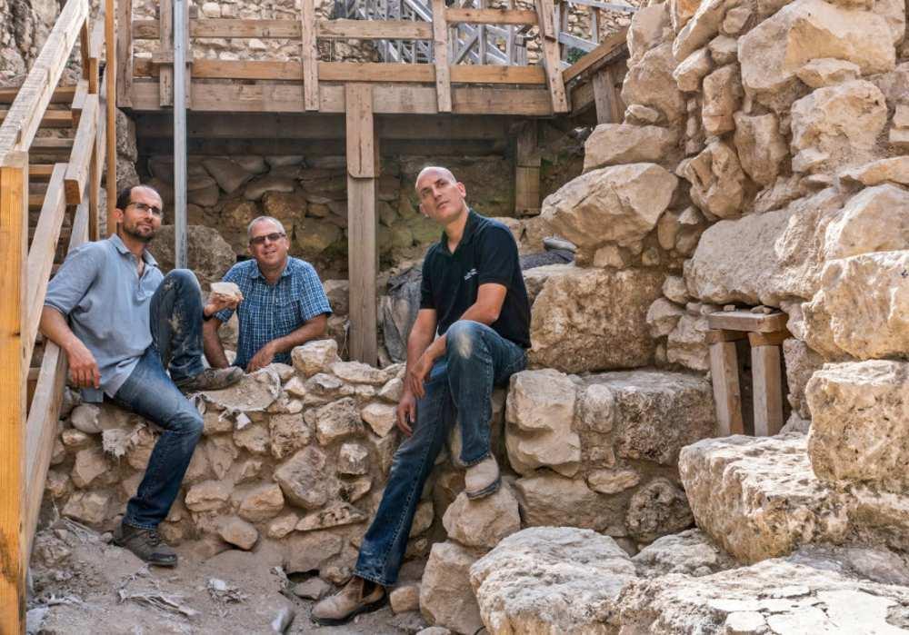 Estudiosos rastreiam o campo magnético da Terra através das ruínas de Jerusalém