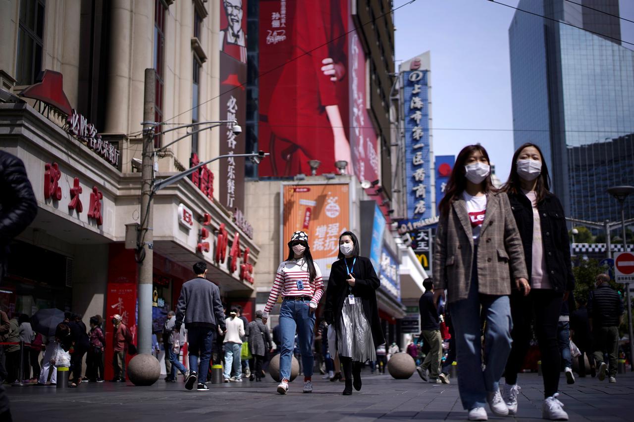 """A atual pandemia é muito séria, mas não atingiu """"proporções apocalípticas"""", diz teólogo"""