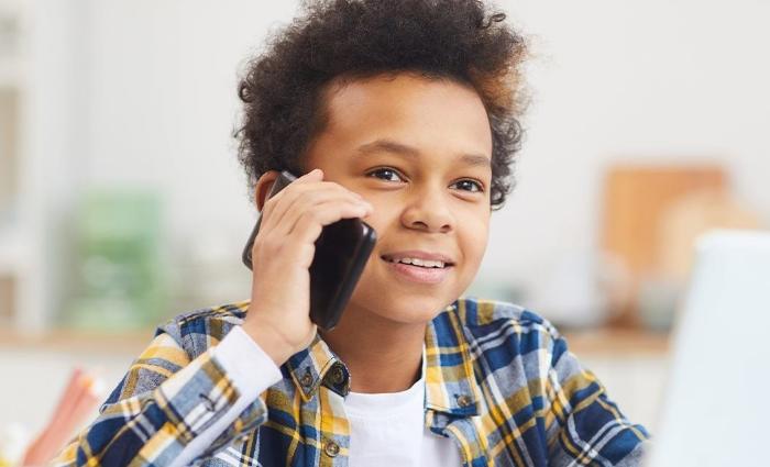 Damares Alves lançará aplicativo para crianças denunciarem abusos e violência