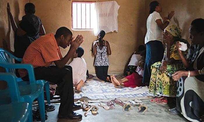 Opressão a cristãos aumenta durante a pandemia na África e Ásia