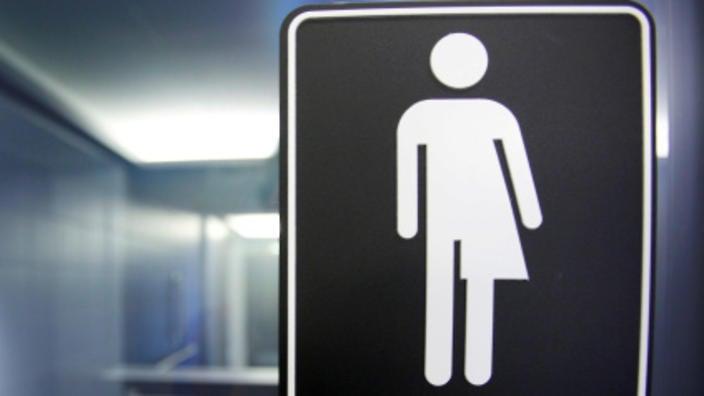 """OAB Ceará aprova uso de banheiros com """"identidade de gênero"""" em suas dependências"""