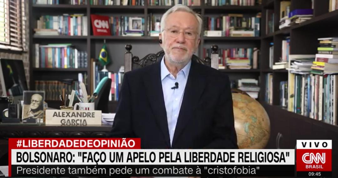 Alexandre Garcia defende termo 'cristofobia' e cita 260 milhões de cristãos perseguidos