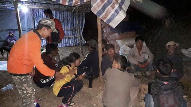 Sete cristãos são expulsos de vila onde moram por não renunciarem à fé, no Laos