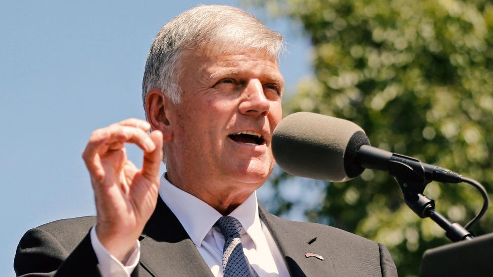 Pastor Franklin Graham convoca cristãos para dia de jejum e oração pré-eleições, nos EUA
