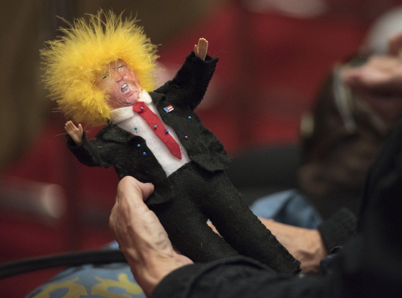 Milhares de bruxas se preparam para 'amarrar' Trump no Halloween, antes das eleições