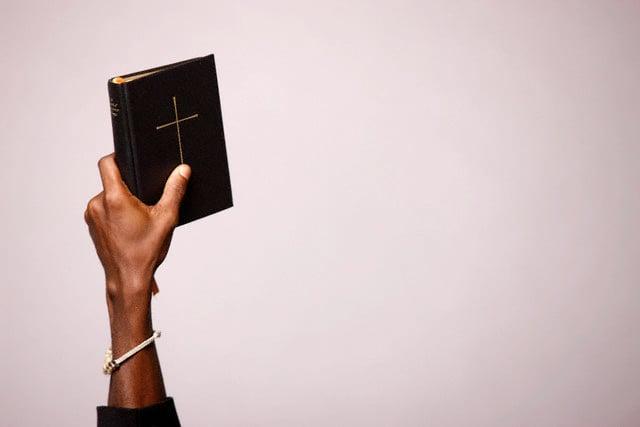 A Bíblia deve ser atualizada? Pastores esclarecem por que as Escrituras são imutáveis