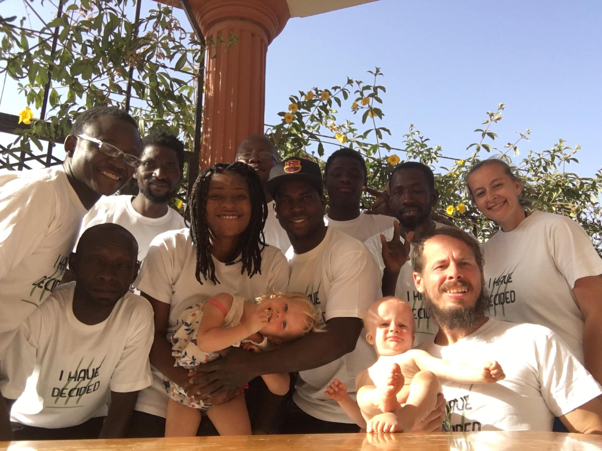 Casal de surdos se torna missionários e planta igreja na África