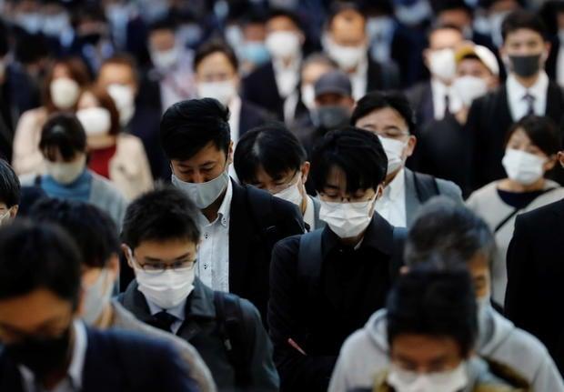 Japão teve mais mortes por suicídio em um mês do que Covid-19 em um ano