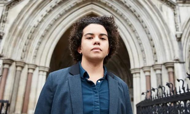 Menores de 16 anos não têm maturidade para autorizar mudança de sexo, decide corte inglesa