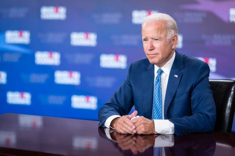Joe Biden pretende voltar a financiar o aborto com dinheiro público nos EUA