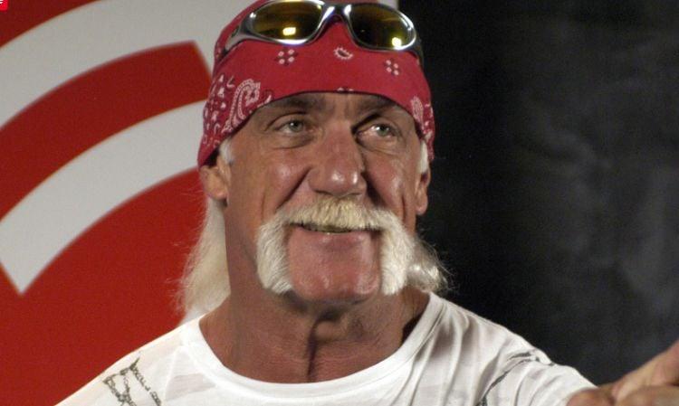 Ator Hulk Hogan testemunha sua fé em Jesus: