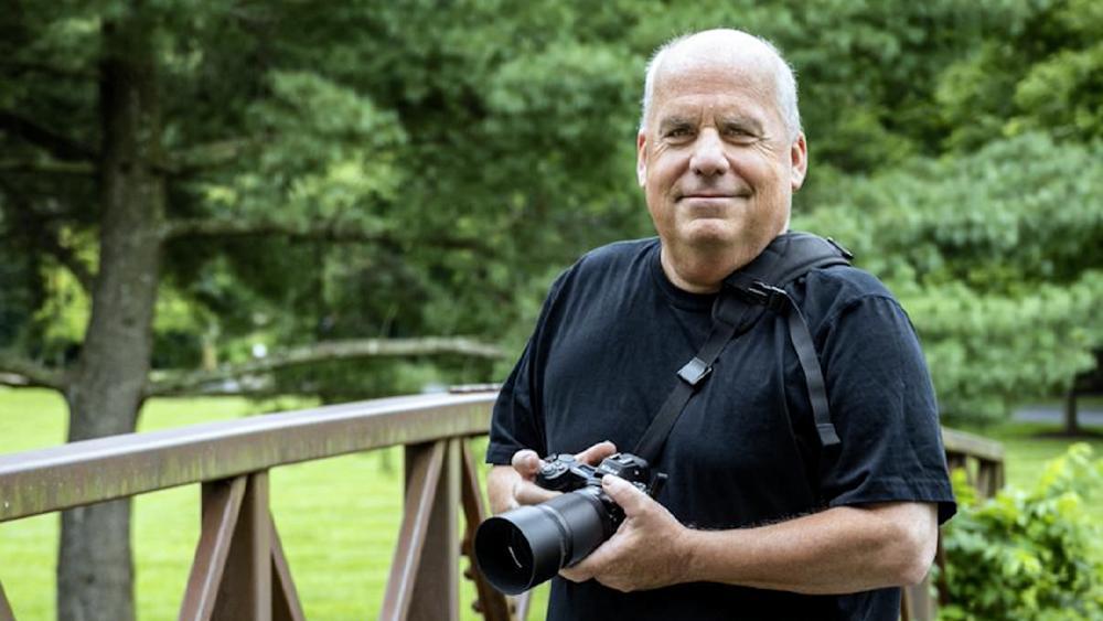 Fotógrafo cristão luta contra nova lei que o obriga a trabalhar em casamentos gays, nos EUA