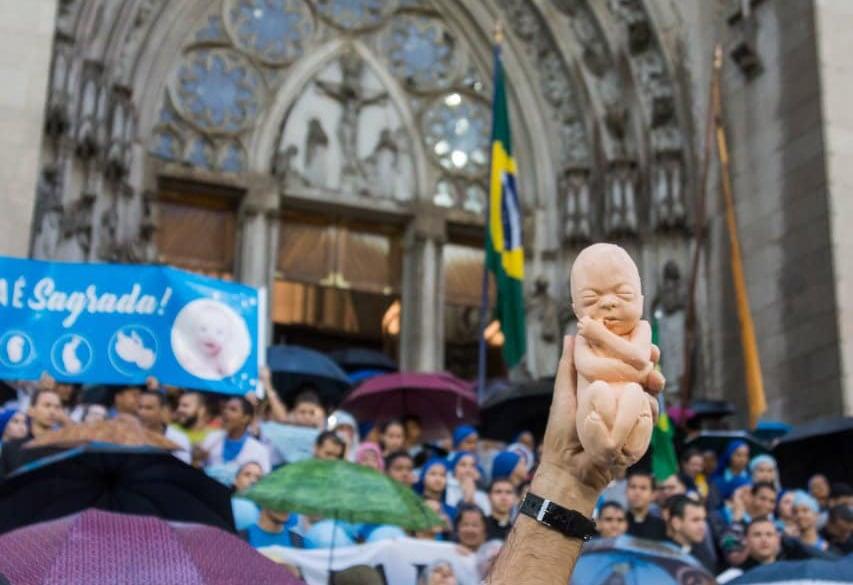Quase 80% dos brasileiros são contra a legalização do aborto, segundo pesquisa