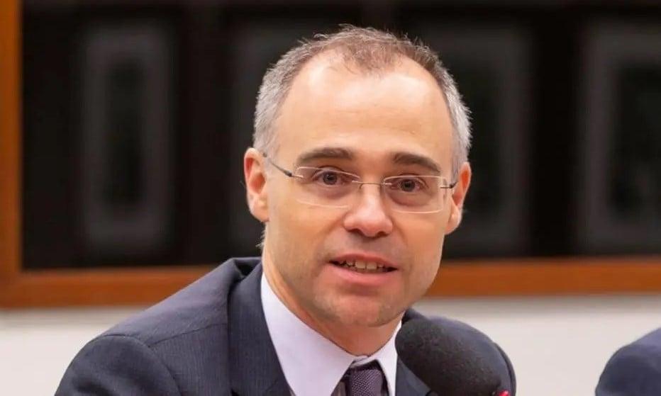 """André Mendonça cita Bíblia em julgamento no STF: """"Ser cristão é viver em comunhão"""""""