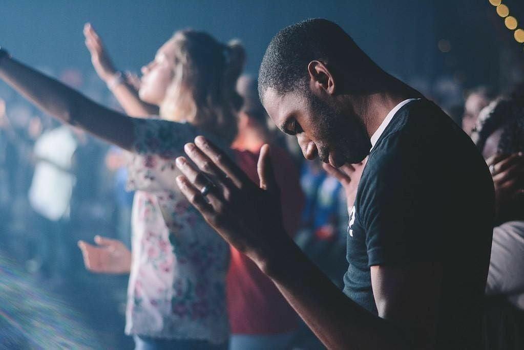 Pesquisa: Quase 30% dos estudantes nunca foram à igreja, mesmo antes da pandemia