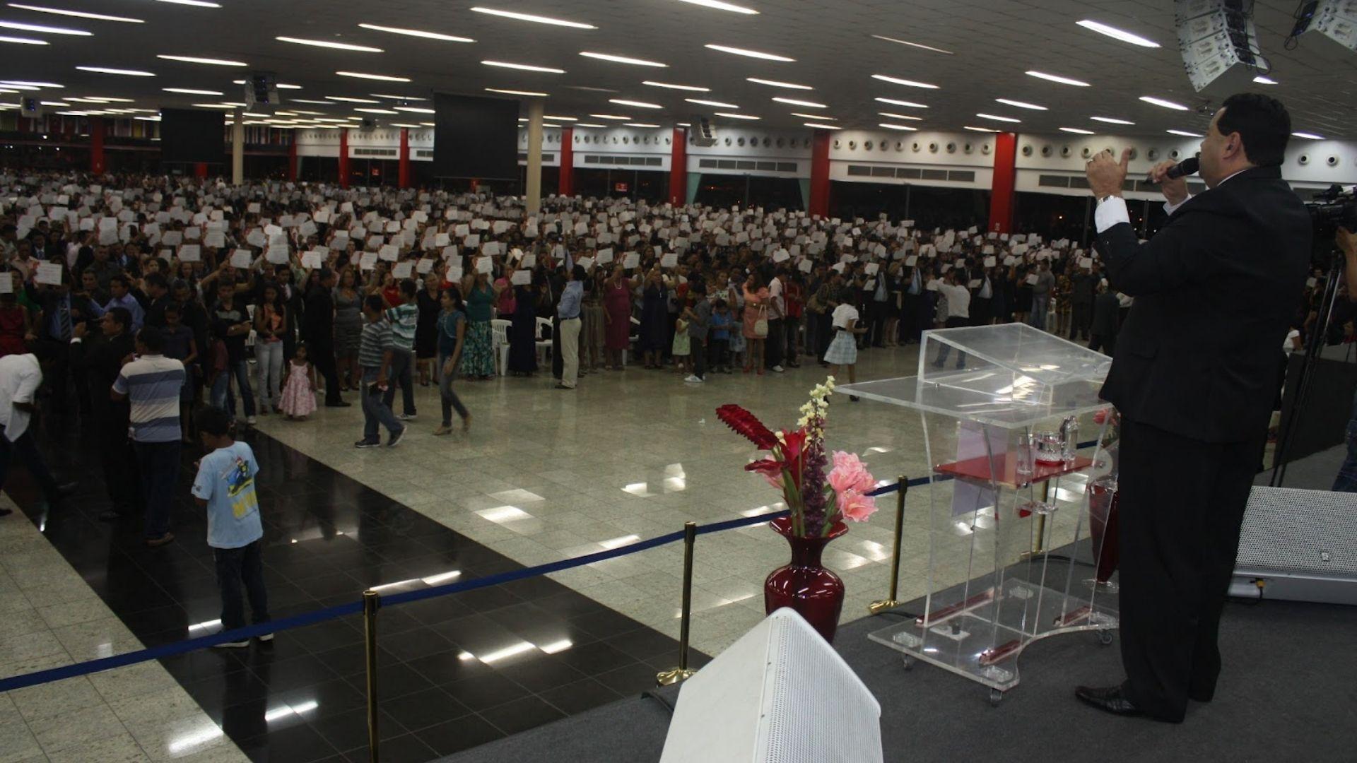 Com mais de 8 mil templos, igrejas cresceram 325% em Manaus nos últimos anos