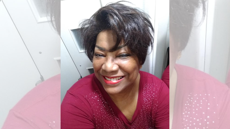 Na UTI, cantora Benner Jacks é intubada com Covid-19