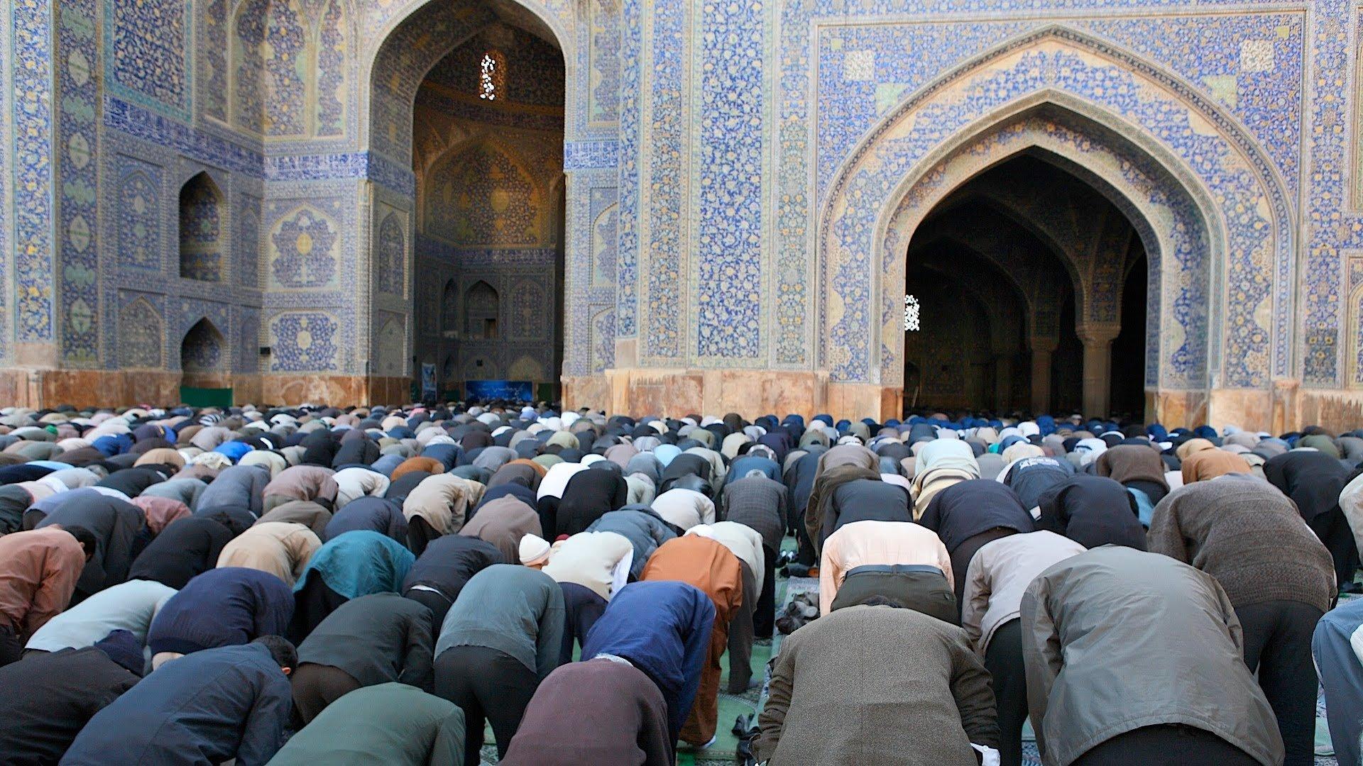 Movimento de oração no Ramadã tem levado milhares de muçulmanos a Cristo há 28 anos