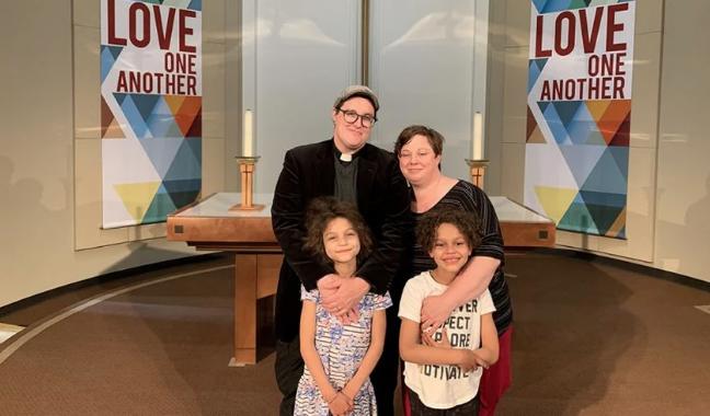 Igreja Luterana dos EUA elege seu primeiro bispo transgênero
