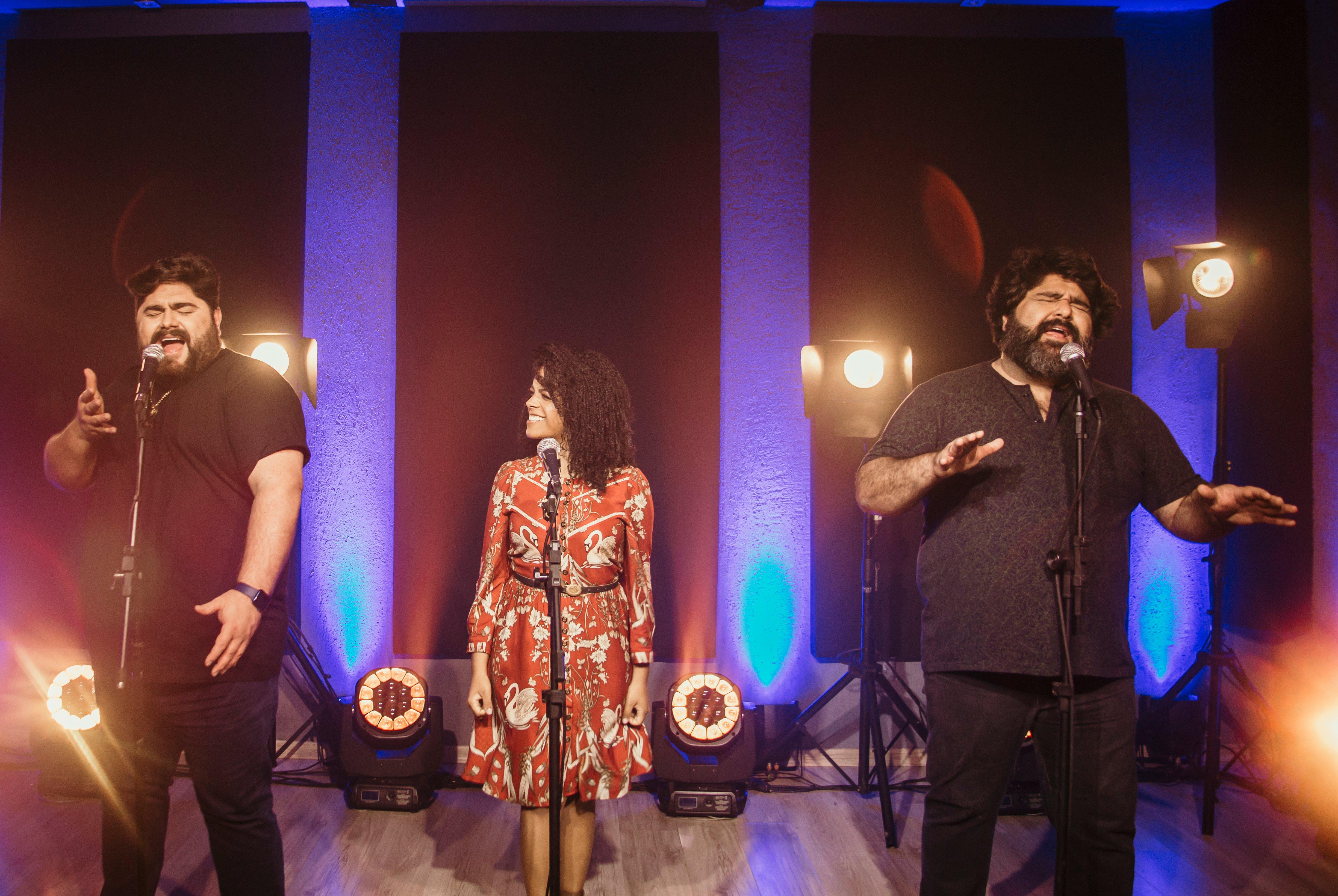 Kemilly Santos lança single com César Menotti & Fabiano