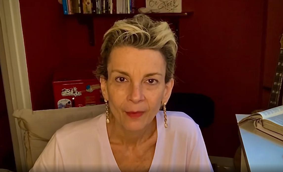 Ludmila Ferber suspende tratamento contra câncer por ineficácia: 'Creio no agir de Deus'
