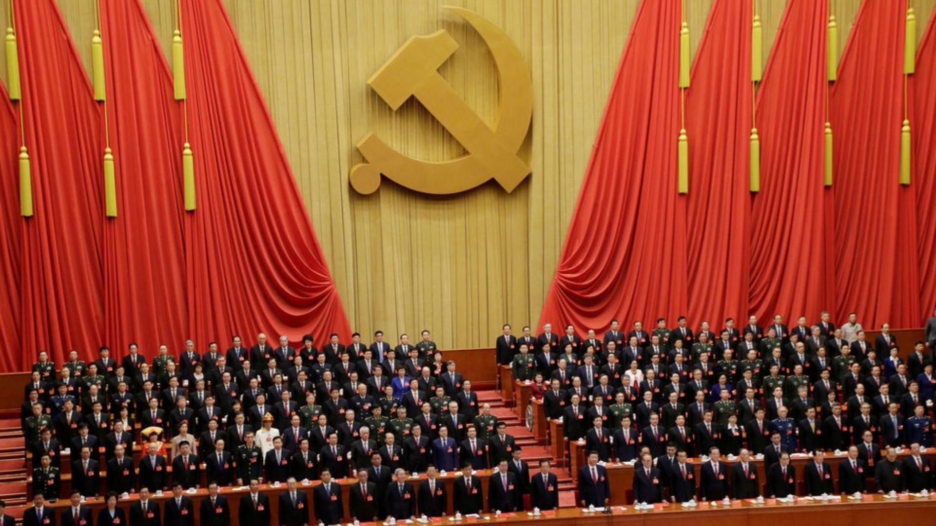 Igrejas filiadas ao governo da China levam membros a obedecer o Partido Comunista