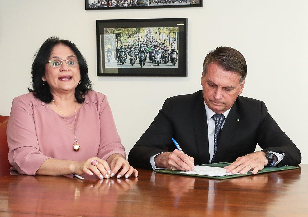 Bolsonaro propõe ao Congresso criação do Dia de Conscientização dos Riscos do Aborto