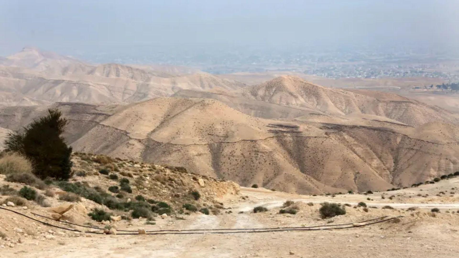 Arqueólogos descobrem que havia duas estradas na velha rota que conectava Judeia a Edom