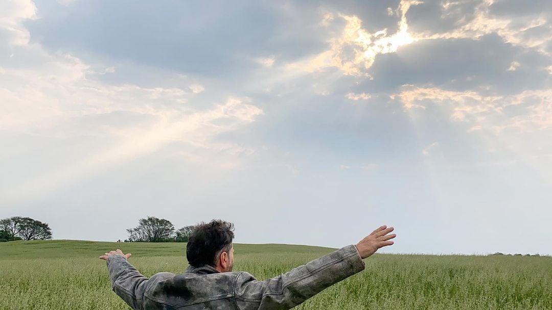 """""""Deus não te vê em sua condição atual, Ele te vê na perspectiva da eternidade"""", diz pastor"""