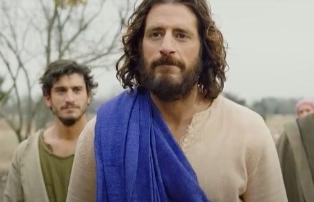 """Dublagem e legenda em português da segunda temporada de """"The Chosen"""" estão disponíveis"""