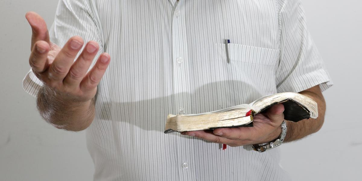 Inspirado em Billy Graham, vereador propõe semana de evangelização em cidade paulista