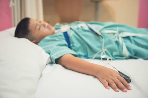 Adolescente que sofre acidente é curado e leva os pais a conhecer Jesus