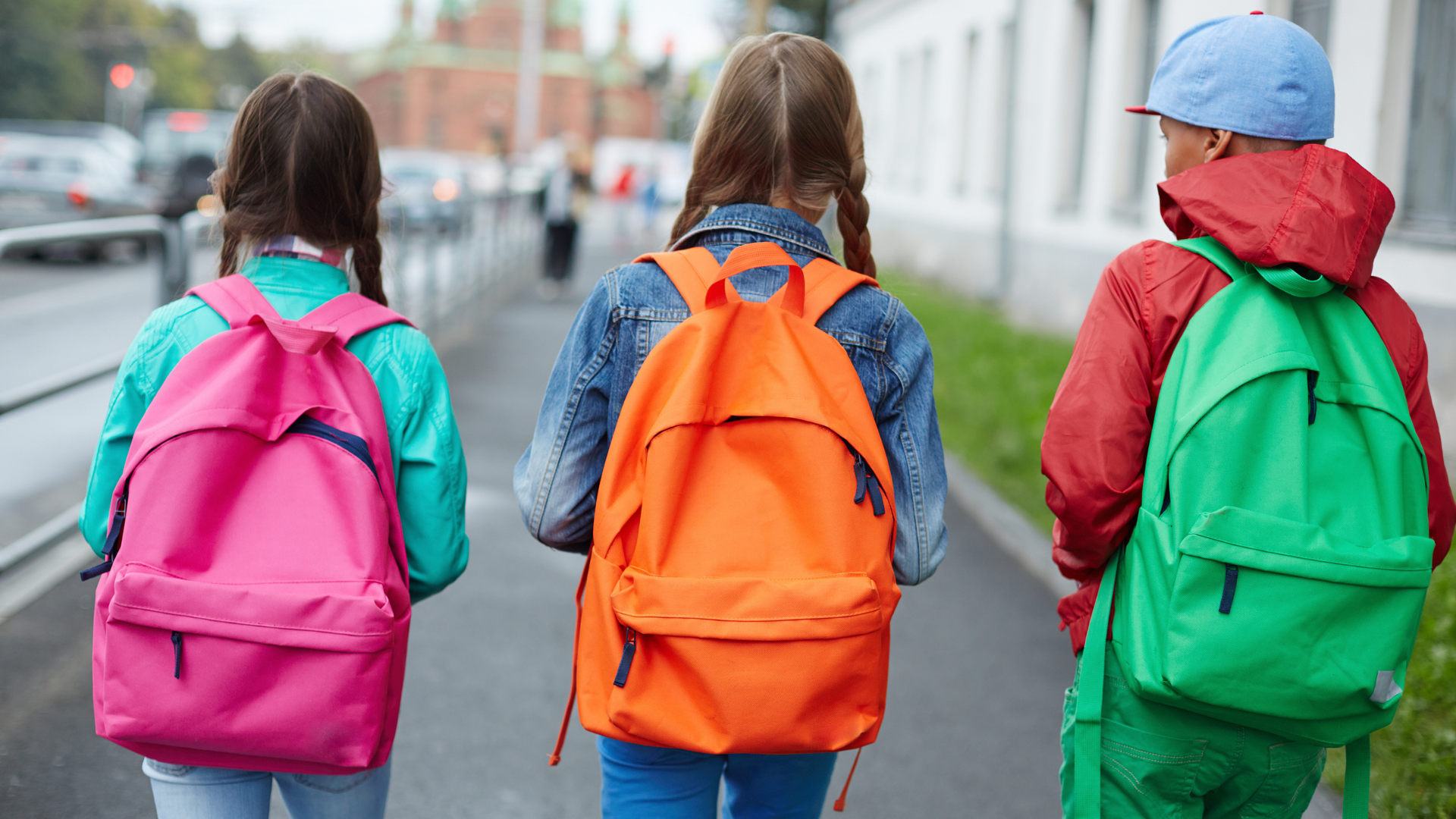 Projeto de Lei proíbe uso de linguagem neutra em escolas do DF